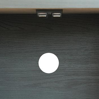 マグネット式の扉