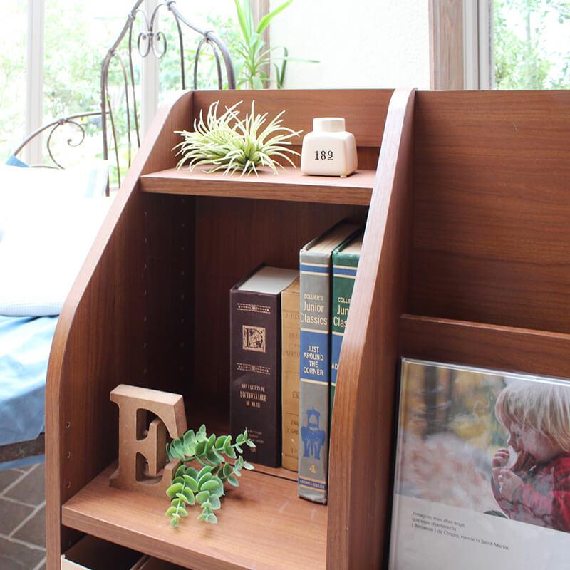 小物を飾る飾り棚