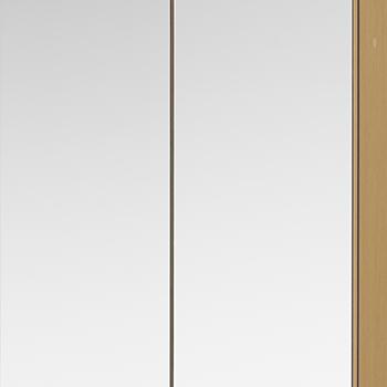 前面ガラスの扉